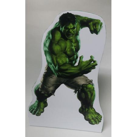 totem-eva-hulk-lojas-brilhante