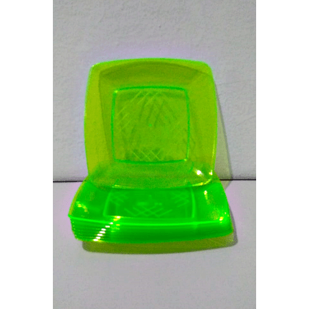 prato-acrilico-quadrado-verde-claro